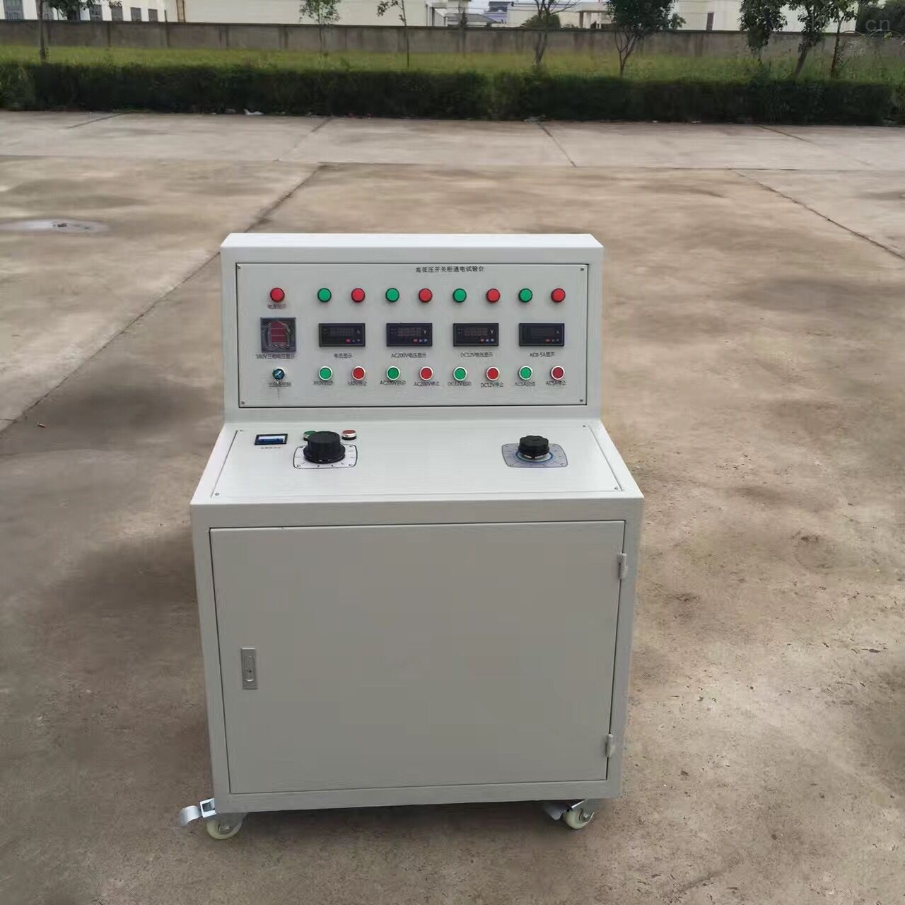 供应低价高低压开关柜通电试验台