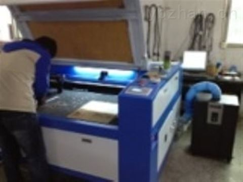 激光切割木板烟尘除烟去味净化器质量怎样